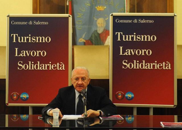 conf-fine-anno-Vincenzo-De-Luca.
