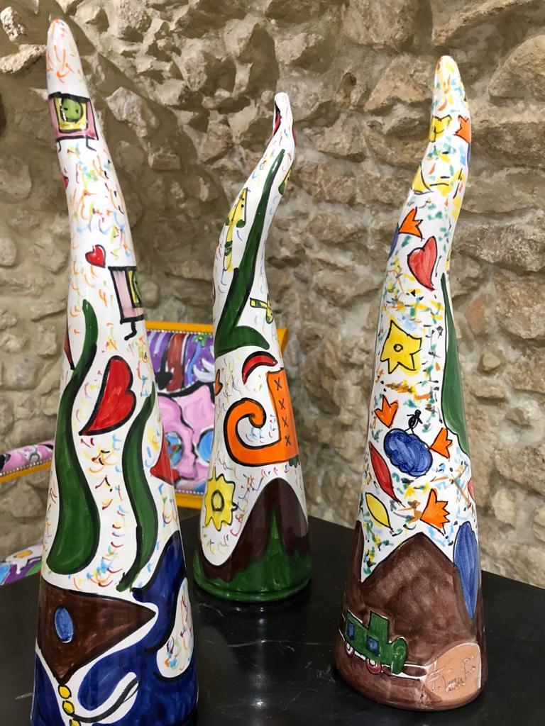 francesco-cuomo-design-da-collezione-sculture-steli-della-follia-arte-contemporanea-ceramica-da-collezione 3