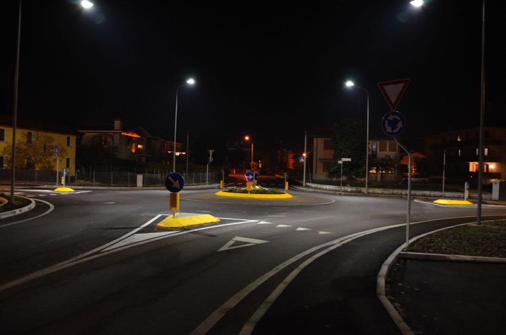 Nuova illuminazione pubblica a fisciano con lampade a led e