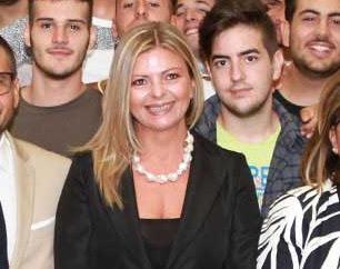 Laura Cestaro con gli alunni