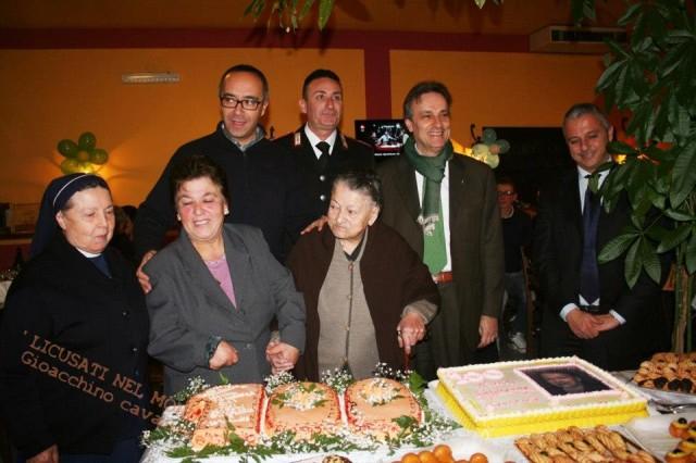 nonna-Francesca-festeggia-i-100-anni.