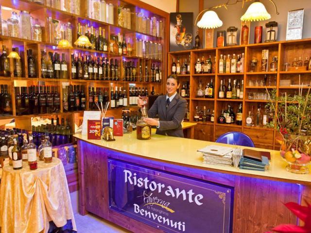 ristorante-taverna-la-falanghina-Hotel-San-Luca-Battipaglia
