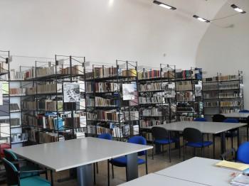 sezione moderna-Biblioteca-Simone Augelluzzi