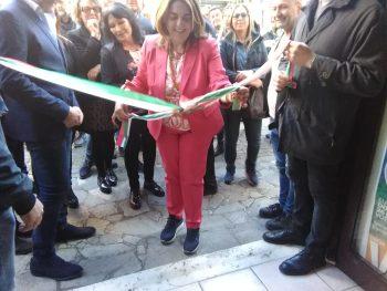 Lucia Vuolo-taglio nastro-Sede elettorale Lega